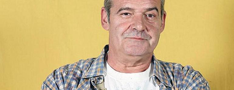 EXIT TELEVISION ANGEL DE ANDRES EN LA SERIE MANOLO Y BENITO CORPOREISION